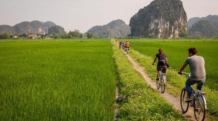 Biking Tam Coc