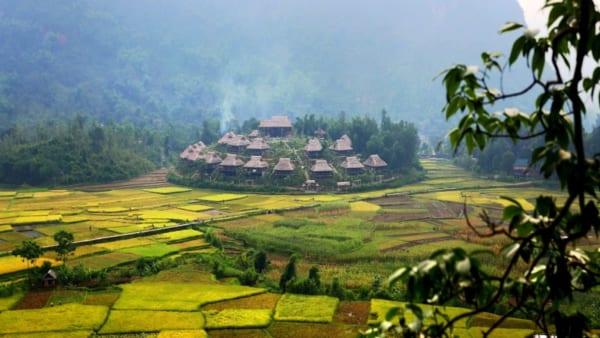 Cho Thue Xe 16 Cho Di Mai Chau