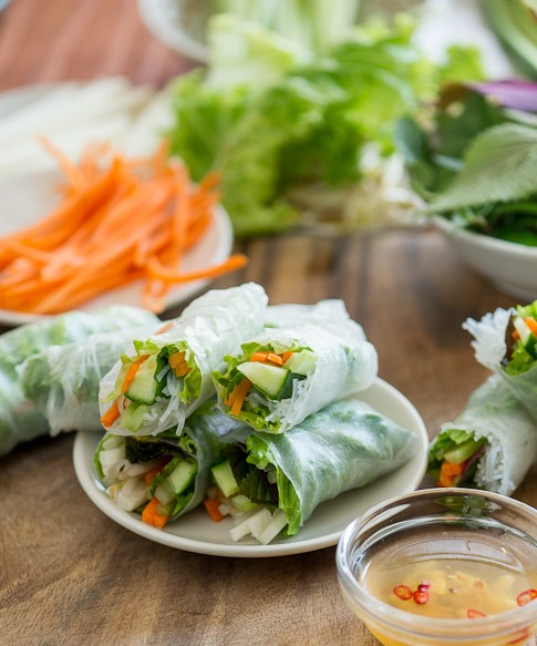 How To Roll Spring Rolls Recipes 485 1