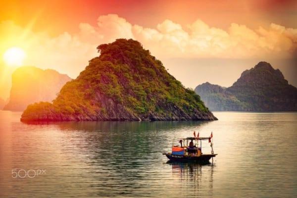 Phuong Tien Di Chuyen Ha Long Mytour 9