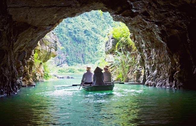 Trang An Cave