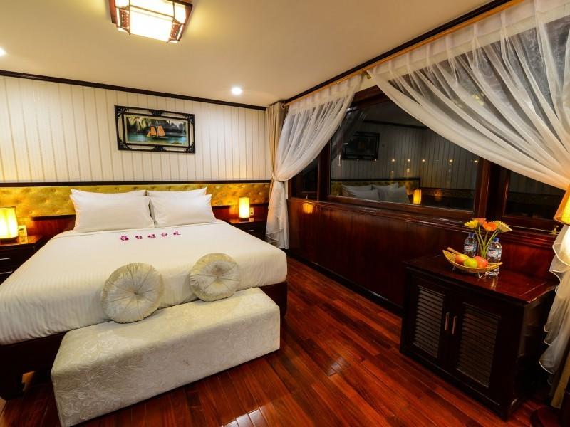 Halong Silversea Cruise Suite Cabin