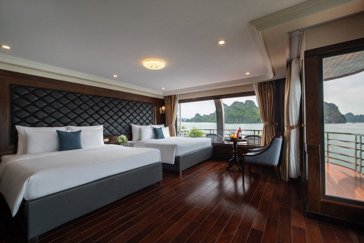 Family Suite Balcony (2 Double Bed) 1